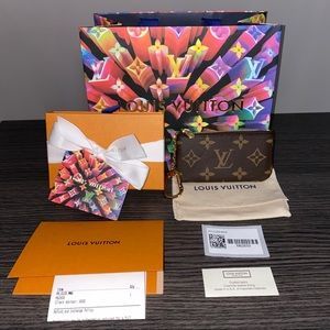New Auth Louis Vuitton Key Pouch Cles Monogram